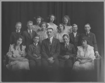 Newton School graduation, 1921