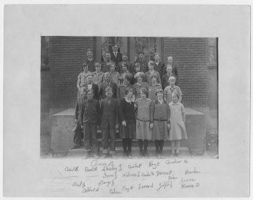 Newton Grade School, 1923-1926