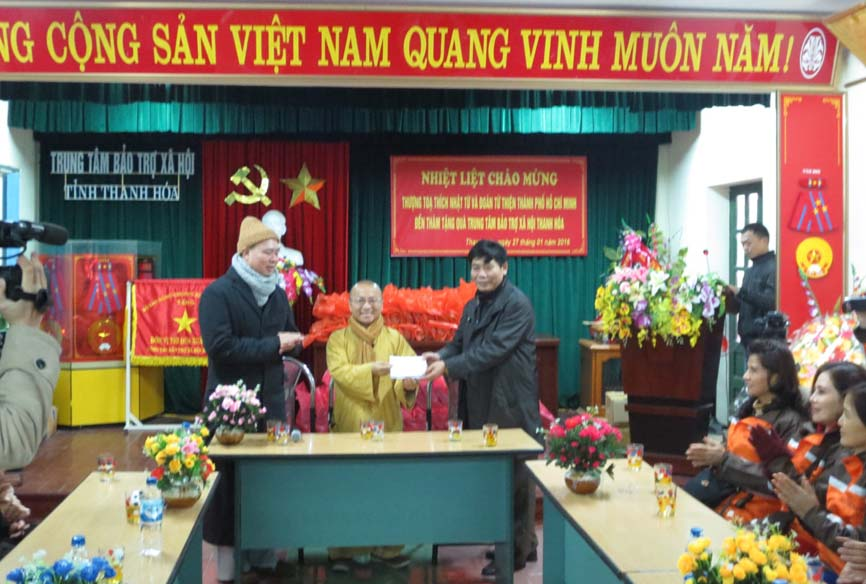 Image result for thich nhat tu image