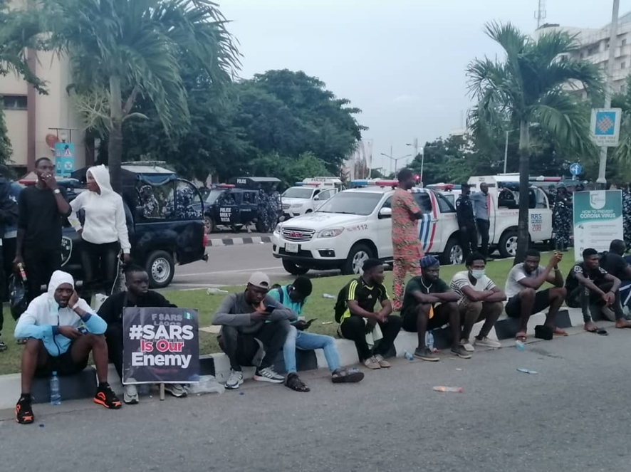 #EndSARS Protesters To Spend Third Night Outside Lagos Assembly