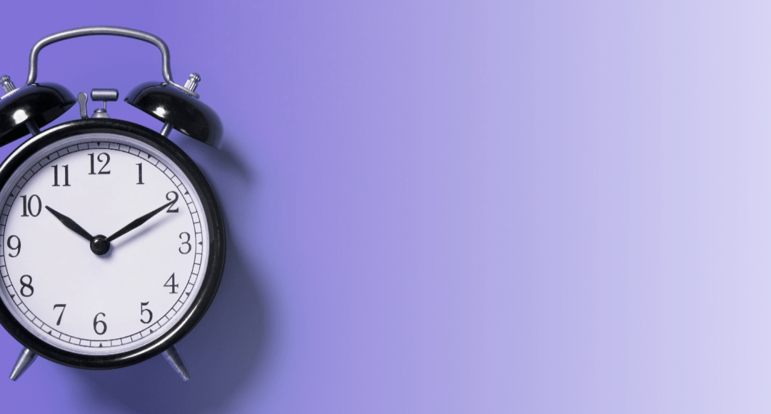 Should You Use an Automatic Light Alarm Clock?