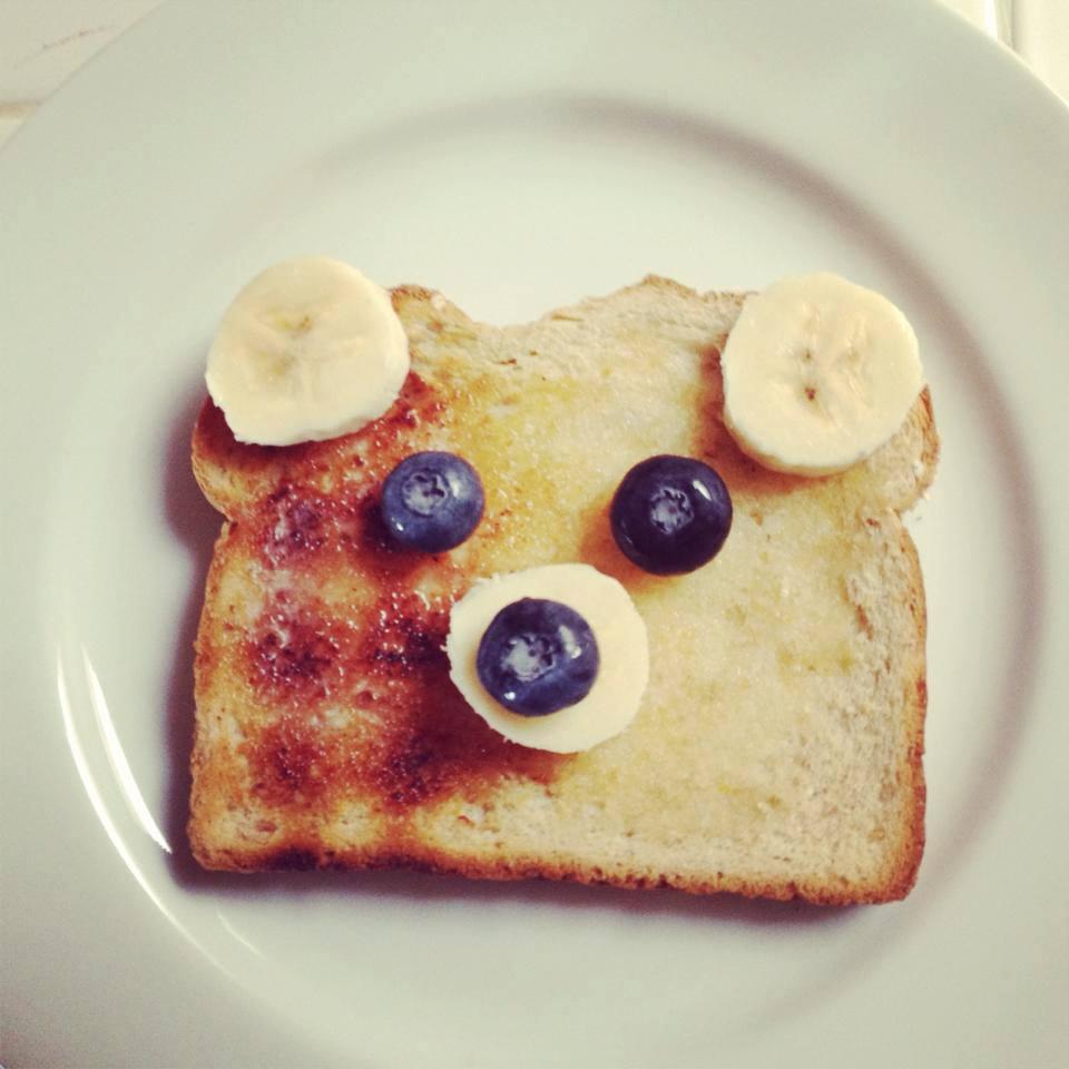 Toast that looks like a bear