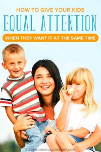 Are you seeing signs your child needs more attention? Learn how to give your kids attention (even when they want it at the same time). #kids