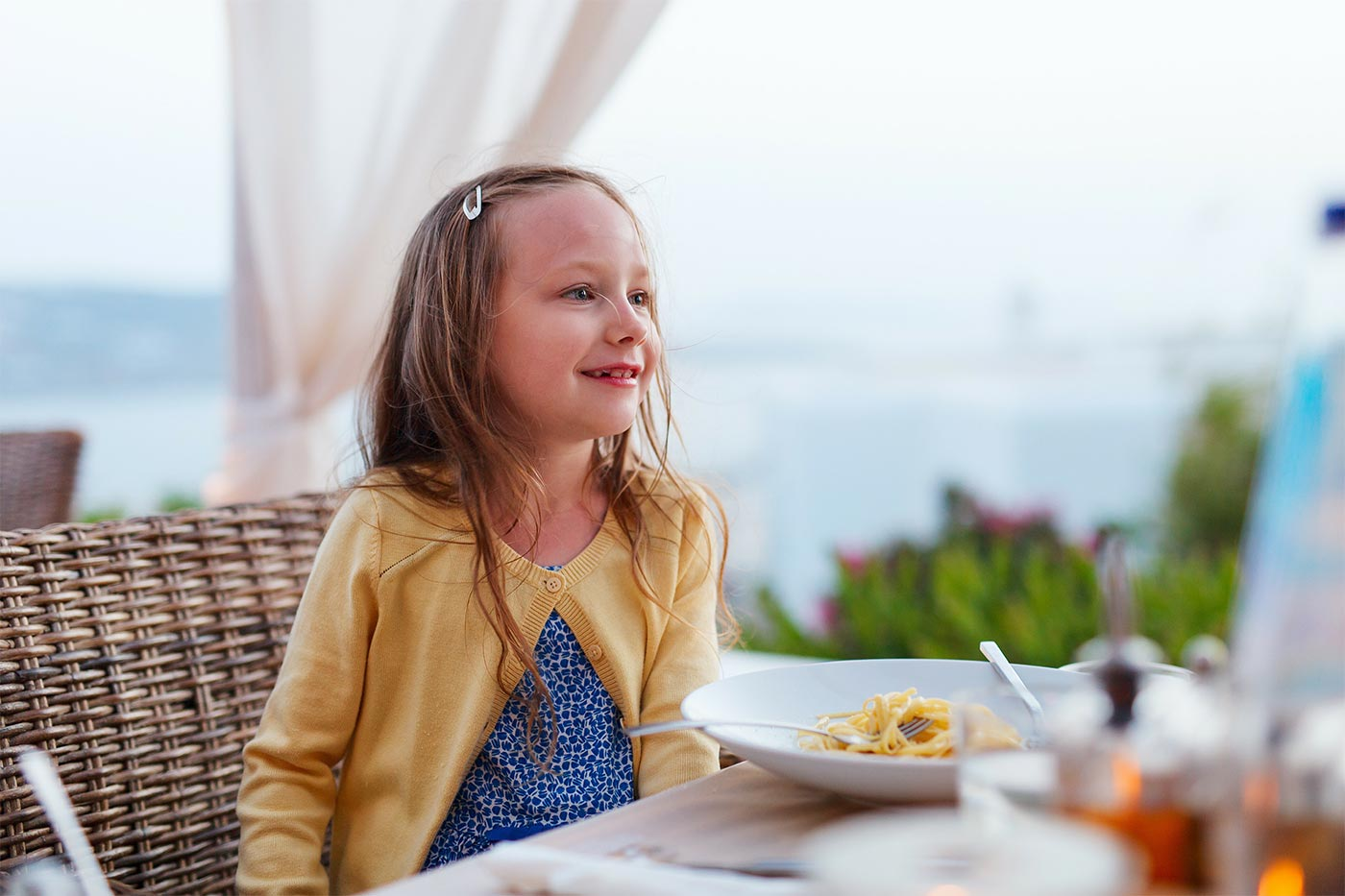 How to improve children's table manners