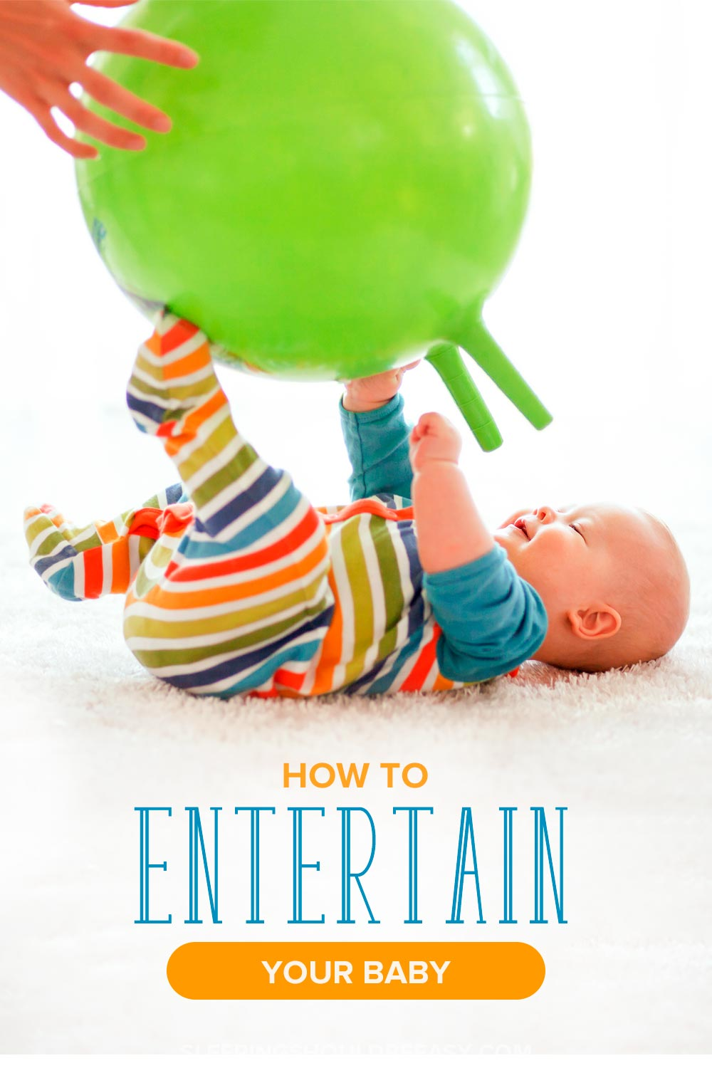 Looking for fun ways to play with your baby, whether at home all day or out and about? Learn how to entertain a baby with these simple ways.