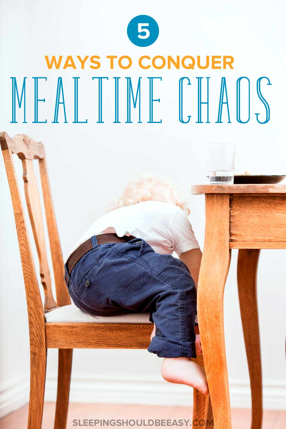 Struggling with mealtime chaos with the kids? Learn effective ways to take the chaos out of dinner with these tips and enjoy your meals once again. #meals