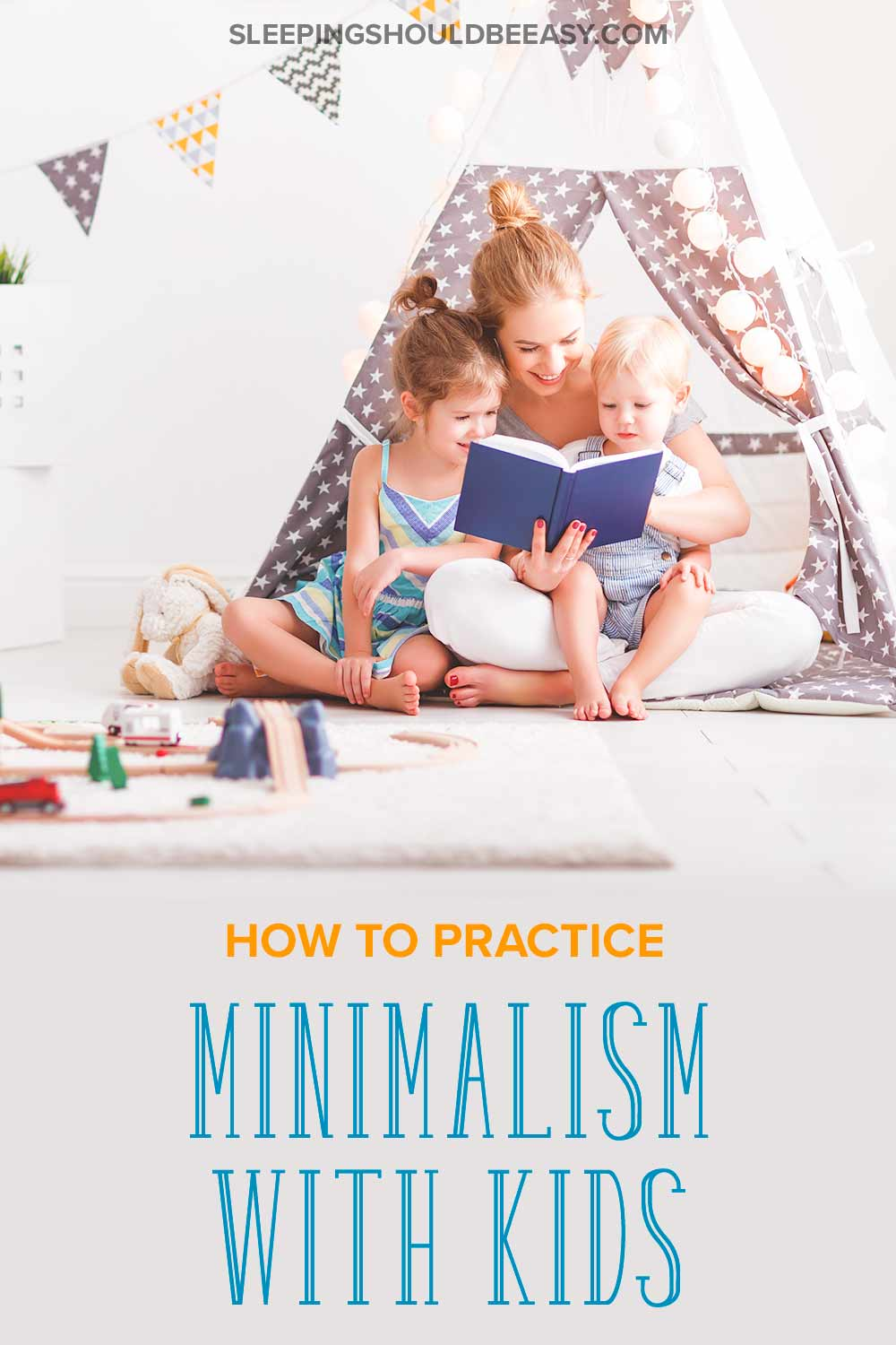 Minimalism with kids: Mom reading a book to her kids