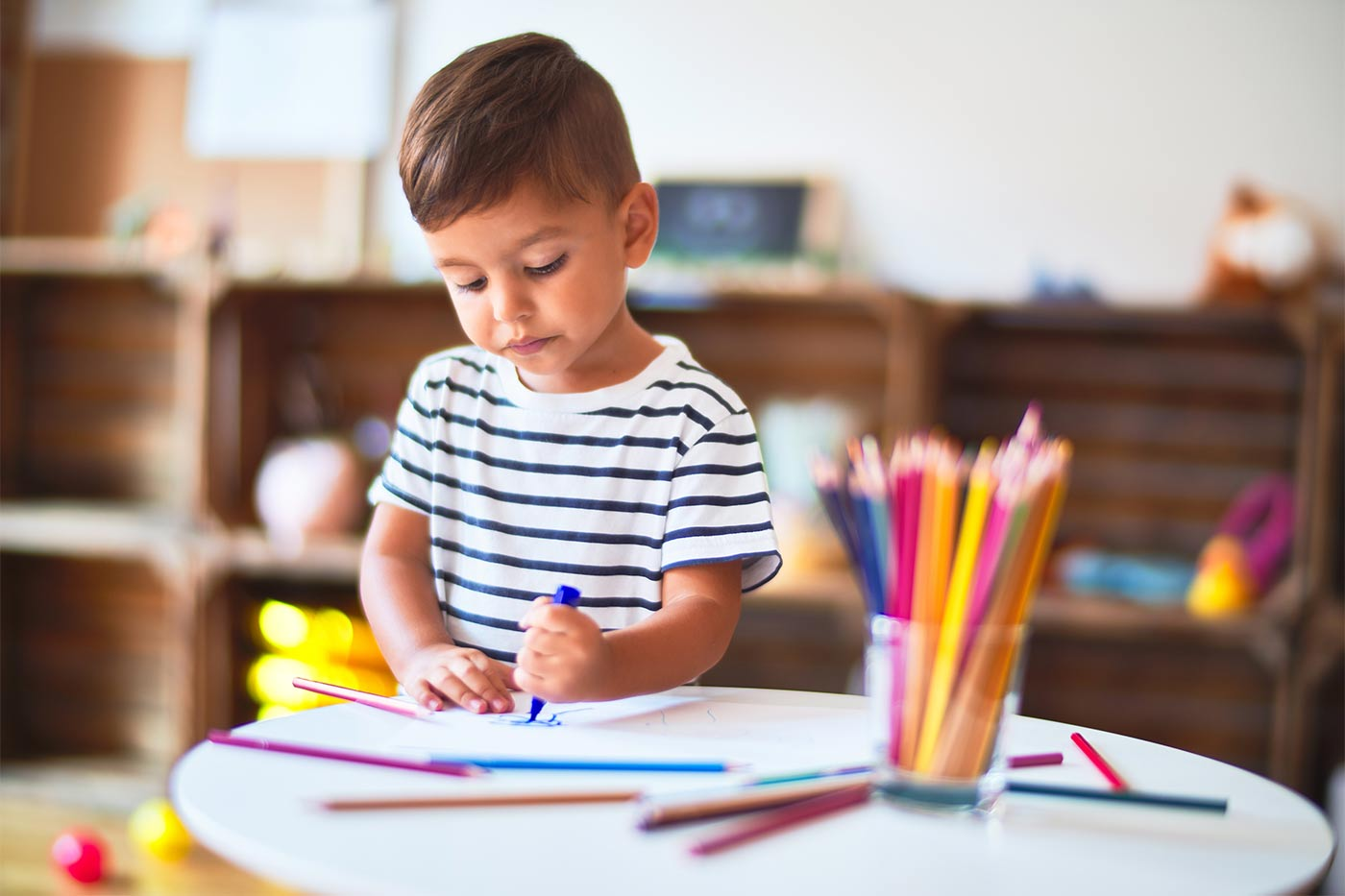 Toddler drawing pictures