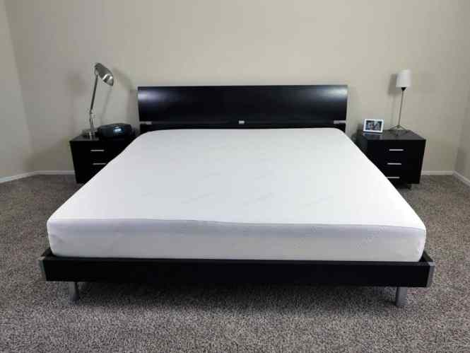 King Size Tuft Needle Mattress