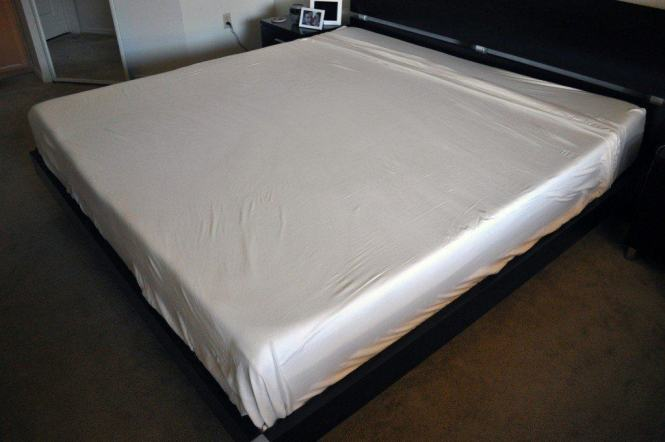 Woven Tencel Sheets By Malouf On A King Size Bed