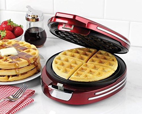 Nostalgia RWM400RNDRED Retro Series '50s-Style Round Belgian Waffle Maker