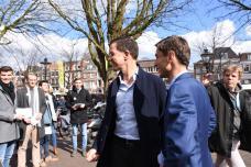 Mark Rutte markt (8)