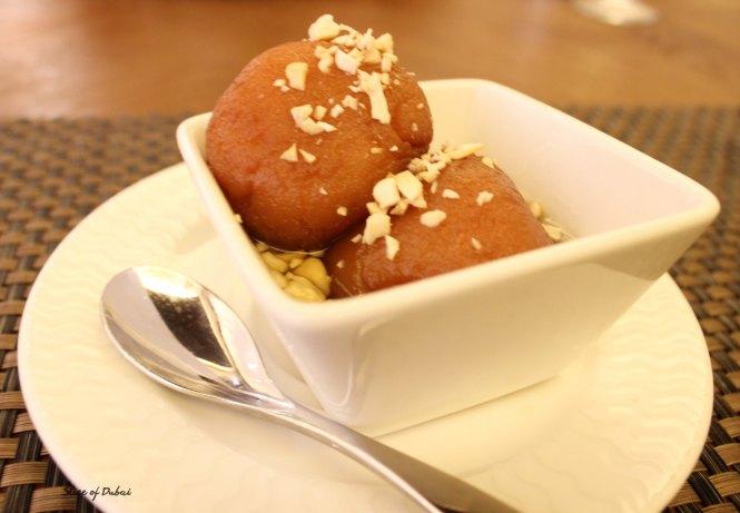 Kulcha king gulab jamuns