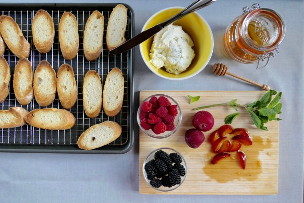 Fruit Bruschetta - Slice of Honey Blog