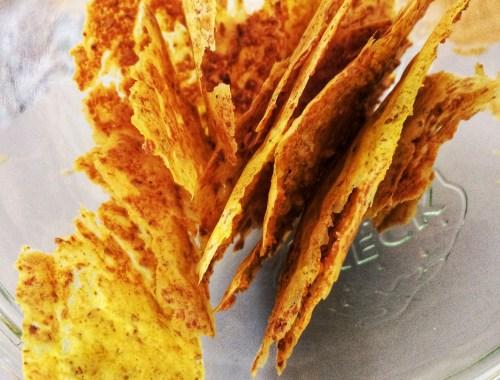 Havregrød Chips som du kan servere for baby, børn og voksne. Krydr med karry, kardemomme eller dit helt eget yndlingskrydderi