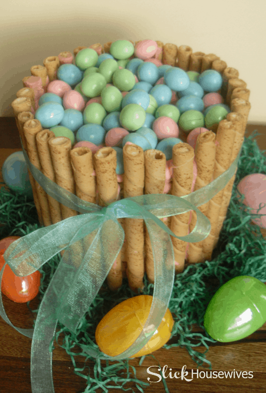 rice krispy easter cake