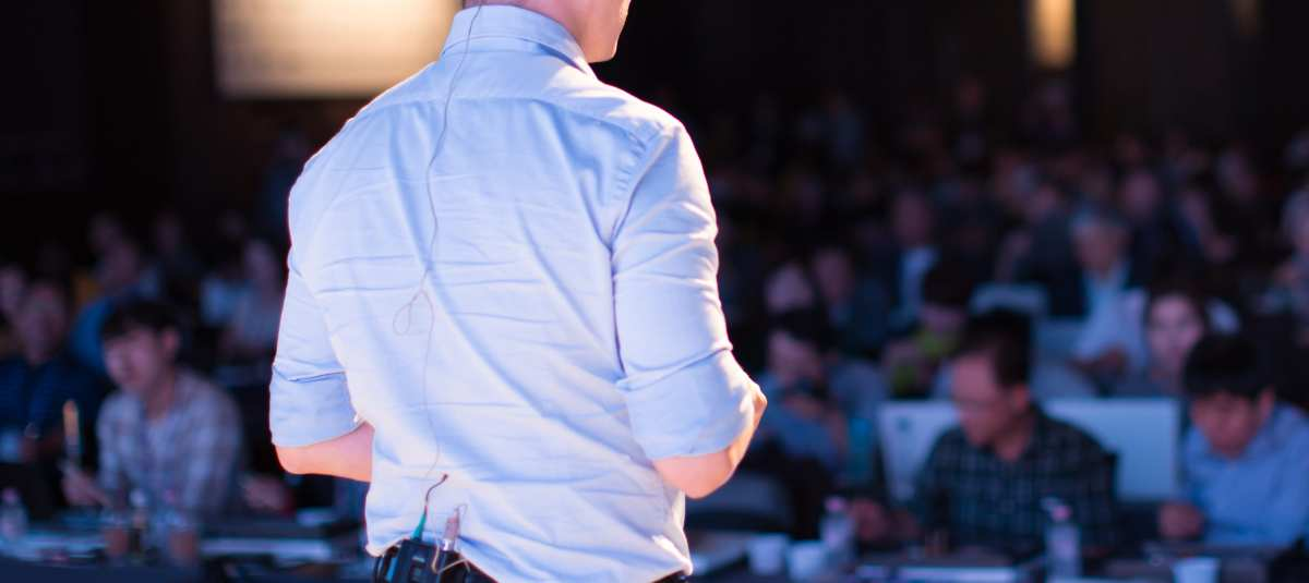 Pitch Decks 101 - From Zero to Funded