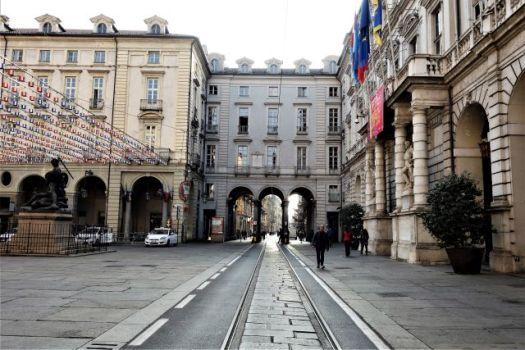Via Milano and Piazza della Citta