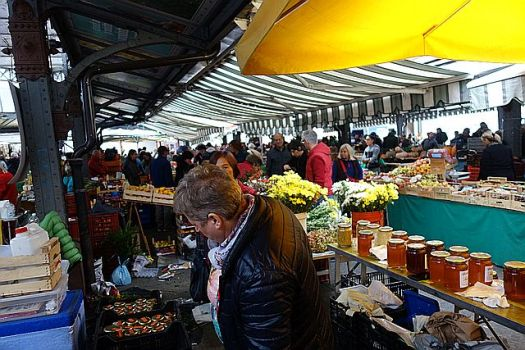 I'll miss the market, the ease of it, despite the horrible crowds and sometimes grumpy merchants