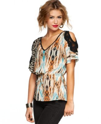 GUESS? Top, Short Sleeve Vanessa Printed Crochet Cutout