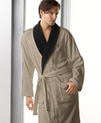 Impress your father with this luxury bathrobe!