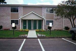 Pine Glenn Apartments