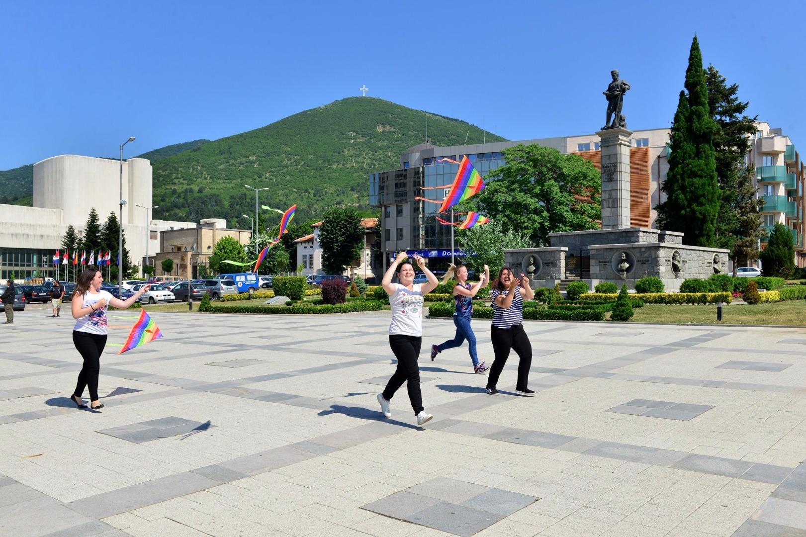 В Сливен пускат хвърчила с послания против дрогата
