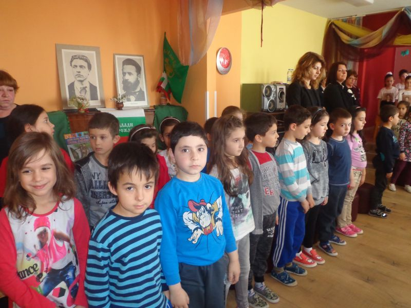 Деца от две детски градини в Сливен участваха във викторина за Левски и Ботев