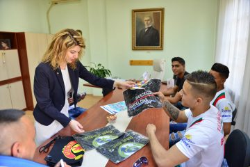 """Пет момчета от Сливен – в националния """"Отбор на надеждата"""" по стрийт футбол"""