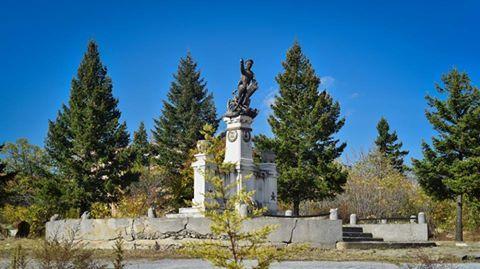 За възстановяване на паметника на Шести артилерийски полк в Сливен са събрани 9 774,05 лева
