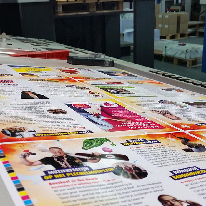 Archieffoto De Boeskool is Los, Oldenzaal | Drukken van het Boeskool magazine