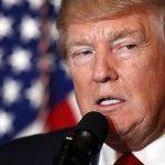 Donald Trump zrušil diskrimináciu na školách
