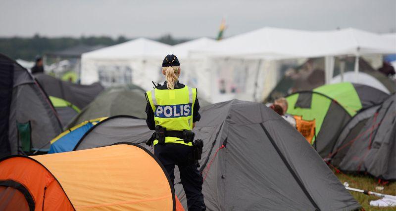 """""""Neznámi zločinci"""" svojimi znásilneniami zničili festivalovú tradíciu vo Švédsku"""