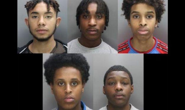 LONDÝN: Doživotie piatim členom gangu za dobodanie mladistvého