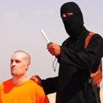 Novinár Foley bol popravený Islamským štátom a vinná je vraj sýrska vláda.