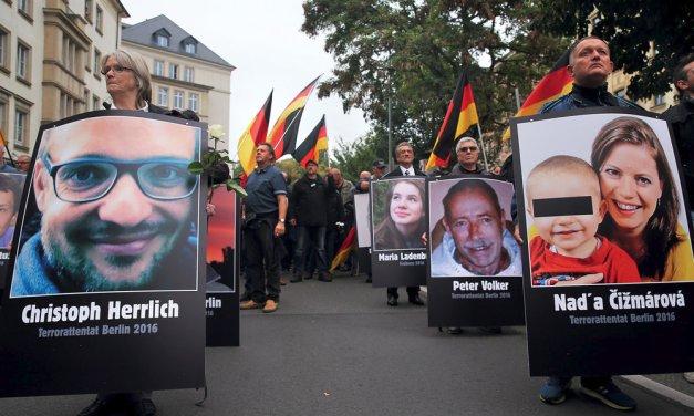 Nie sme nacisti, chceme len, aby mesto Chemnitz bolo bezpečné pre naše deti!