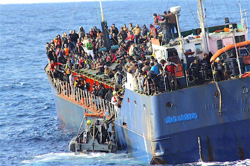 Prvý poslanec Smeru sa priznal k odporu voči migračnému paktu