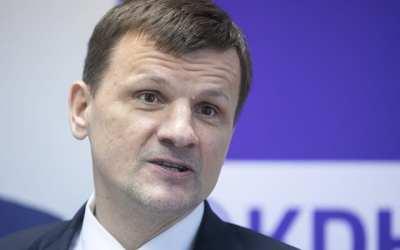"""Predseda KDH odpovedal na Chromíkovu výzvu o spolupráci s ultraliberálmi. """"Musíme diskutovať aj s PS a Spolu. S kým by sme mali? S Kotlebom? Alebo s Harabinom?"""