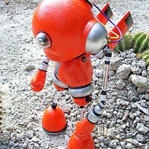 Mike Slobot Robut Kidrobot Munny space age orange silver