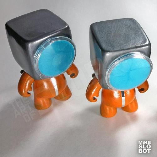 Mike Slobot A19 Fleet Mechanics Robot Repair Team Pair