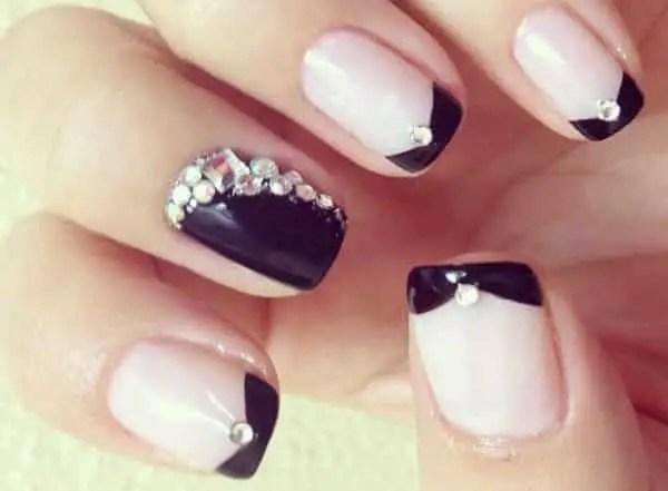 15 Ravishing Rhinestone Nail Art Designs