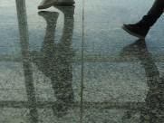 pies en el aeropuerto (4)
