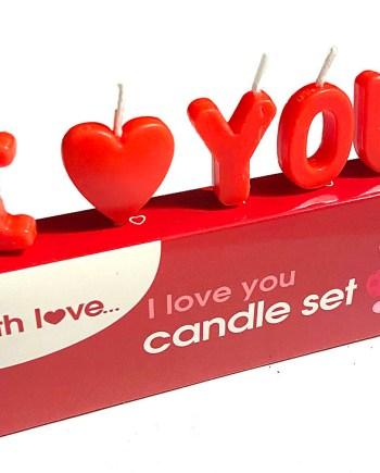 Svijećice u obliku slova I Love You 5/1. Ove simpatične svijećice u obliku natpisa I LOVE YOU mogu biti savršen poklon za voljenu osobu na Valentinovo.