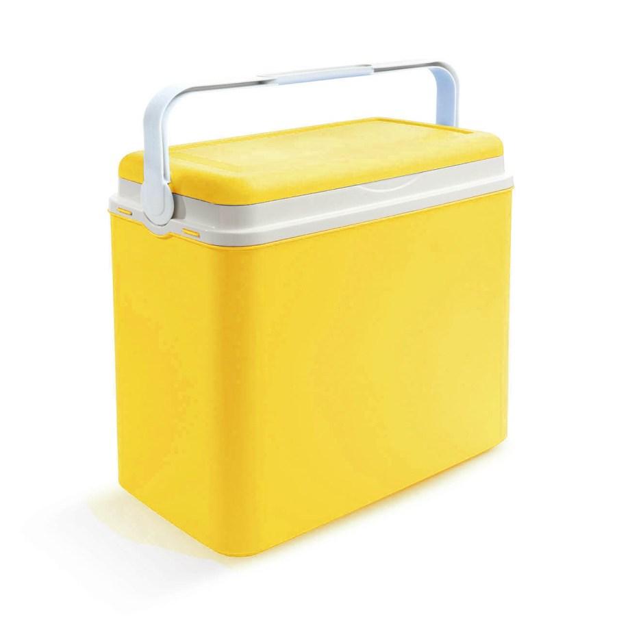 Plastični frižider zapremnine 24L. Ovaj frižider izdržljiv je i lagan, pa će čuvati vaše namirnice od gnječenja i održavati ih hladnima kada u njega stavite uložak za led.