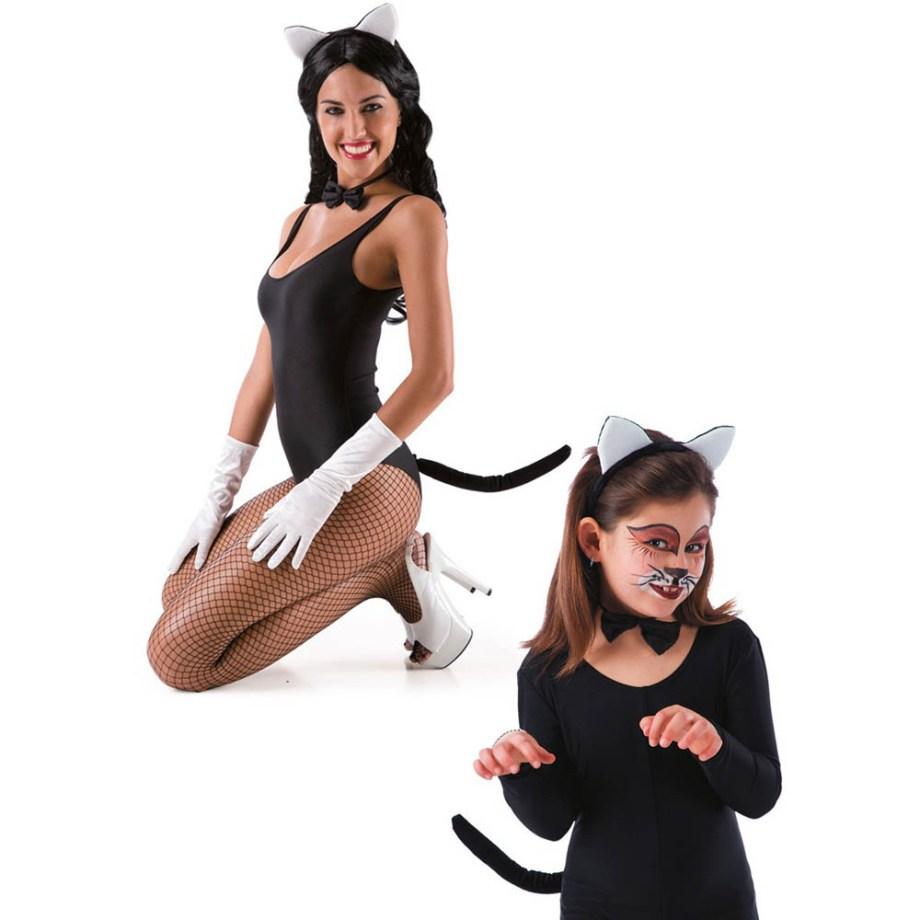 Karnevalski kostim, Set za mačkicu. Namjenjen je i odraslima i djeci. Savršen je za lude partije, proslave Halloweena ili karnevalske povorke.