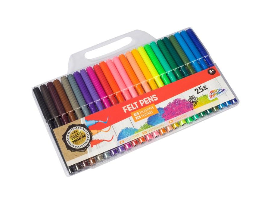 Flomasteri u torbici, 25 raznobojnih flomastera. Komplet od 25 flomastera u raznim bojama. Flomasteri su pakirani u prozirnoj pvc vrećici.