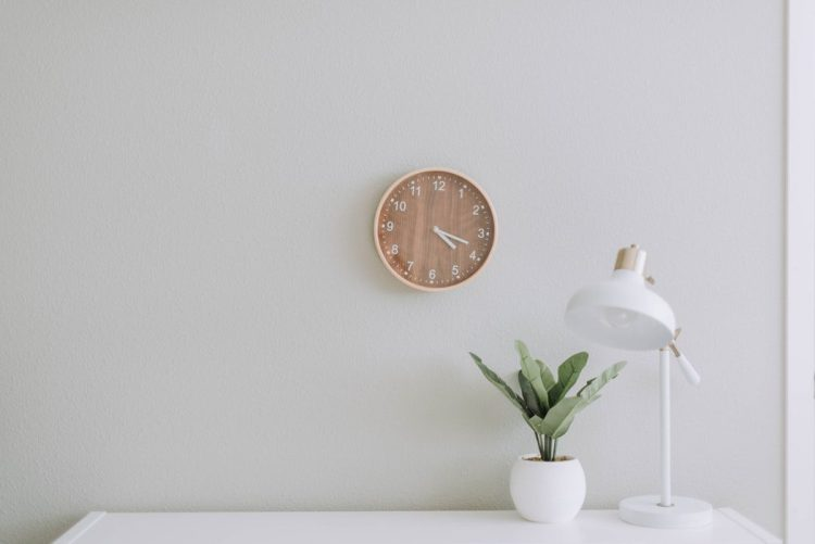 New home; a clock and a lamp