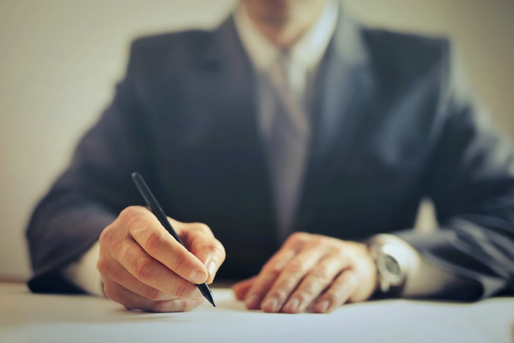 signing contract for home