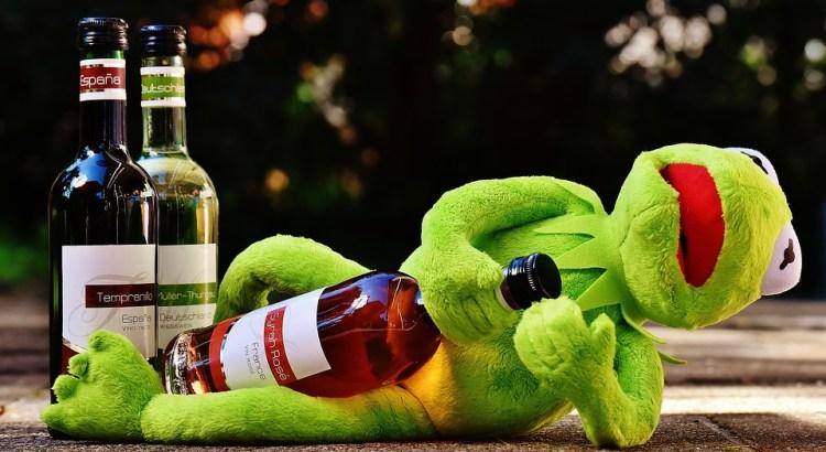 Алкогольные игры на телефон