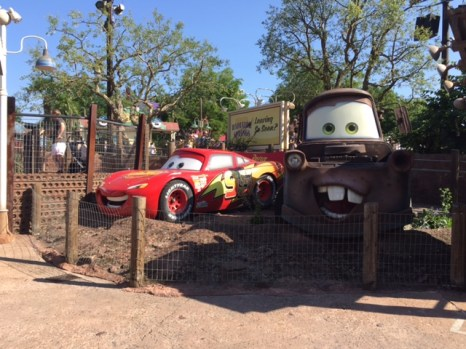 Disneyland Paris Lightning McQueen Tow Mater